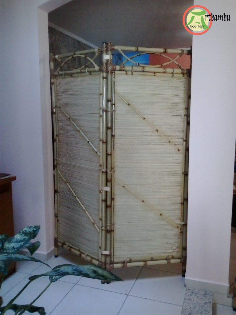 055- Biombo coberto com palha