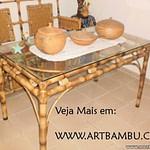 móveis feito de bambu