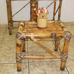 mesinha de bambu