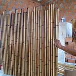 cerca decorativa de bambu