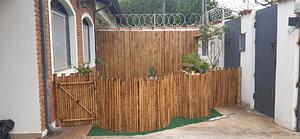 Read more about the article Faça uma cerca de bambu ondulada com os melhores artesões.