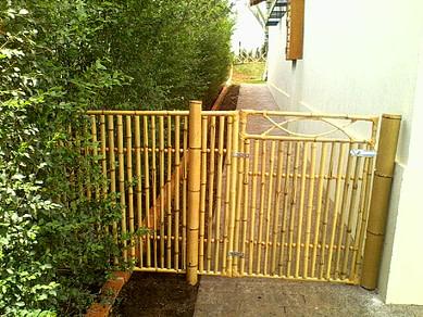 cerca de bambu cozido